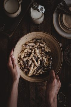 Makov ance Jedno z tch tradinch jedl ktor sa Gnocchi, Food And Drink, Cookies, Sweet, Desserts, Food Photography, Mascarpone, Crack Crackers, Candy