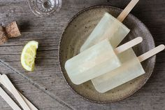 lemon popsicles