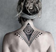 Costas Irezumi Tattoos, Torso Tattoos, Spine Tattoos, Back Tattoos, Body Art Tattoos, Tribal Tattoos, Cool Tattoos, Tatoos, Nape Tattoo