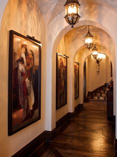 Beautiful Spanish Colonial Home Design: Artistic Kaleidoscope Of Homes Winner Hall Decor With Wall Painting ~ SQUAR ESTATE Architecture Inspiration Spanish Style Homes, Spanish House, Spanish Colonial, Spanish Revival, Flur Design, Hall Design, Style Hacienda, Exotic Bedrooms, Large Pendant Lighting