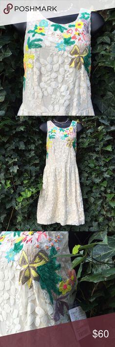 NWT Anthropologie Kimchi Blue Lace Floral Dress L Exquisite cream keyhole back dress. Zipper side. Hand wash, line dry. Anthropologie Dresses Midi