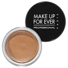 I am already on my second jar! The best all around bronze for every skintone. #beauty www.themakeupblogger.com