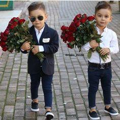 Baby boy cute outfits hair cut 26 ideas for 2019 Mom And Son Outfits, Trendy Boy Outfits, Outfits Niños, Trendy Baby Clothes, Little Boy Outfits, Baby Boy Outfits, Toddler Boy Fashion, Cute Kids Fashion, Little Boy Fashion