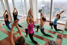 In Colorado, Yoga Teachers Fight Big Government. (Is there NOTHING that friggin dems won't 'regulate ' ! Victoria Secret Workout, Warrior Pose, Spark People, Big Government, Transporter, Victorias Secret Models, Yoga Session, Plein Air, Workout Videos