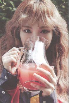 一 wendy aesthetic ♡ red velvet. Seulgi, Wendy Red Velvet, Black Velvet, Kpop Girl Groups, Kpop Girls, Rapper, Peek A Boos, K Pop, Asian Beauty