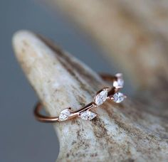 Verlobungsring ausgefallen Morganite engagement ring rose gold Unique diamond Cluster ring Vintage wedding Mini stone Bridal set Jewelry Anniversary Gift for women - Fine Jewelry Ideas, Diy Abschnitt, Cute Rings, Pretty Rings, Beautiful Rings, Engagement Ring Rose Gold, Morganite Engagement, Morganite Ring, Cute Jewelry, Jewelry Rings, Jewelry Accessories