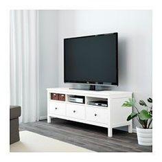 IKEA - HEMNES, Móvel TV, preto-castanho, , A madeira maciça dá um toque natural.As calhas ocultas permitem que as gavetas deslizem de forma suave, mesmo quando cheias.Compartimentos abertos para um leitor de DVD, etc.Gavetas grandes para manter tudo organizado.