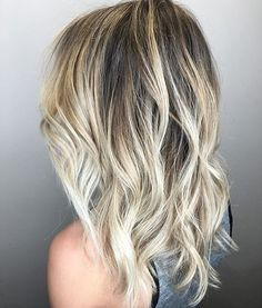 Ash blonde melt. Color by @painted.prettyy #hair #hairenvy #haircolor #blonde…