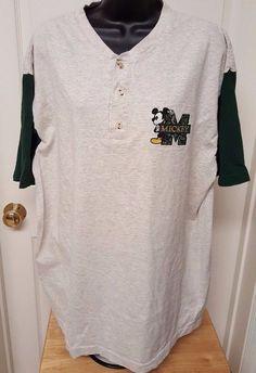 Disney Unisex Green/Gray Mickey Mouse T-Shirt Size L/XL