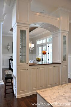 If I could someday make this the wall between the kitchen and playroom, I would just die! I LOVE IT