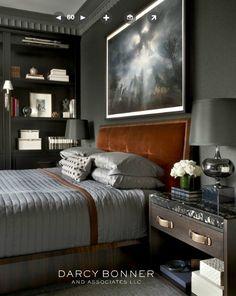 Darcy Bonner. Dormitorio en tonos oscuros.