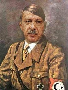 ❌❌❌ Viele Dinge in der Welt lassen sich erheblich unkomplizierter gestalten, ginge man sie nur von der pragmatischen Seite an. Sowohl die EU als auch die Türkei steuern sehr zielstrebig auf die edelste Form der Demokratie zu, auf eine ausgewachsene Diktatur. Der Apparat in Europa ist viel zu schwerfällig, da ist der Erdogan erheblich schlagfertiger und flexibler, weshalb eine Eingliederung der EU in die Türkei eine kostengünstige Alternative zu einer überteuerten EU-Diktatur darstellt. ❌❌❌