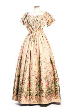 Printed silk dress, c. 1850