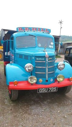 Vintage Tractors, Vintage Trucks, Old Trucks, Classic Trucks, Classic Cars, Bedford Truck, Old Lorries, Commercial Vehicle, Vintage Photographs