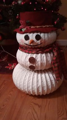 Snowman Christmas Decorations, Christmas Wood Crafts, Cheap Christmas, Snowman Crafts, Homemade Christmas, Christmas Snowman, Simple Christmas, Christmas Projects, Holiday Crafts