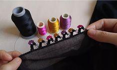 Siyah Renkleri Canlandıran Oya Tarifi Saree Tassels, Crochet, Needlework, Cake, Desserts, Crochet Shawl, Trapper Keeper, Tricot, Knitting Designs