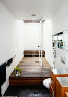 Inside / outside bathroom. BODIE and FOU Style Blog, Bathrooms with a View, White Interiors http://blog.bodieandfou.com/