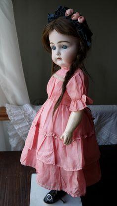 Для всех любителей и ценителей антикварных кукол! Блог потрясающего мастера! Жми на фото!  #антикварнаякукла #antiquedoll Ты помнишь как все начиналось?!..
