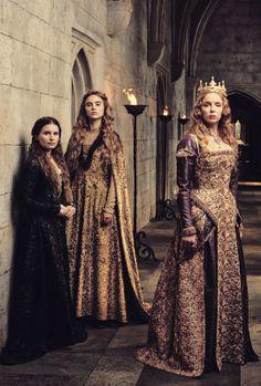 Rebecca Benson as Margaret Plantagenet, Suki Waterhouse as Princess Cecily of York and Jodie Comer as Queen Elizabeth in The White Princess