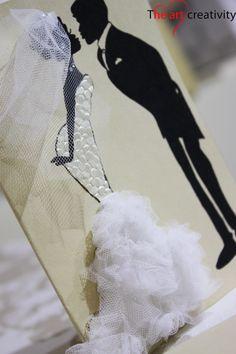 Biglietto di auguri per sposi con vestito in tulle.