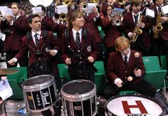 Harvard Crimson band performing at the Harvard vs New Mexico game. Ncaa Tournament, Harvard University, March Madness, Study Inspiration, Cool Photos, How To Memorize Things, Mexico, Basketball, Band