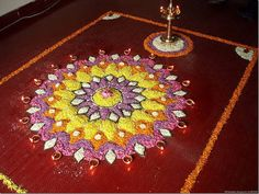 Onam is the biggest festival of the year in Kerala. The Onam pictures in this photo gallery reveal the color and splendor of the celebrations. Onam Pictures, Onam Images, Diwali Pictures, Kolam Rangoli, Flower Rangoli, Beautiful Mehndi Design, Beautiful Rangoli Designs, Diy Wedding Decorations, Flower Decorations