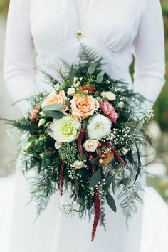 pretty and pristine bouquet from Nordic wedding designed by Binderiet  photo by Michaela Klouda Photography