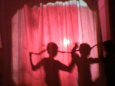 Espai de Llum. El nostre cos, la llum, la ombra i el color. http://blocs.xtec.cat/ceipernestllucheinf/