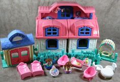 Fisher Price 2005 Little People Sweet Sounds House Pink Roof w/Extras #FisherPrice