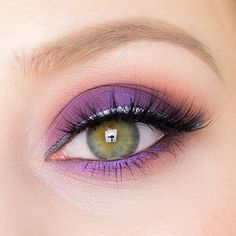 Stunning eye shadow eye makeup
