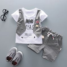Summer Children Boys Girls Cotton Clothes Kids Bowknot T-Shirt Shorts Toddler Fashion Clothing Sets Baby Tracksuits – Kids Fashion Cute Toddler Boy Clothes, Baby Boy Clothing Sets, Boys And Girls Clothes, Toddler Boy Outfits, Toddler Fashion, Boy Fashion, Children Clothes, Toddler Chores, Fashion Children