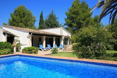 Villa Finca Pollensa, Mallorca Sleeps 2 to 5 people Private pool  Mallorca holiday villa with private pool, secluded, near tavernas and beaches, traditional, Barbeque.  - See more at: http://www.agnitravel.com/Travel/Mallorca/index.asp#sthash.nzsmZU9c.dpuf