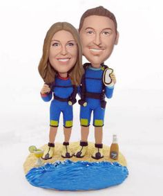 Scuba diving wedding cake toppers Special Wedding Gifts, Custom Wedding Gifts, Personalized Cake Toppers, Custom Wedding Cake Toppers, Wedding Doves, Bobble Head, Scuba Diving, Wedding Couples, Coral