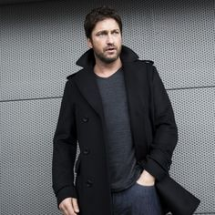 """Gerard Butler New Pic! """"One of the great values a #ManOfToday has is that he can do many different things."""""""