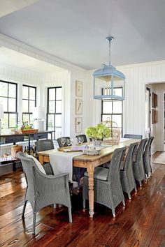 Best Decor Inspirations For Spring Southern Living House Plans, Best Decor, Piece A Vivre, Building A New Home, Dining Room Walls, Park Homes, My Living Room, Decoration, New Homes