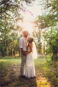 Geoff Duncan Photography #texaswedding #rusticwedding #weddingchicks http://www.weddingchicks.com/2014/01/06/trendy-spiritual-wedding/