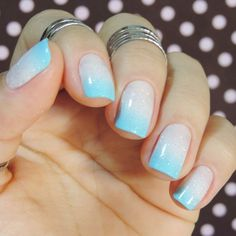 Discover See more about Cool Easy Nails, Easy Nail Art and Easy Nails. Cool Easy Nails, Easy Nail Art, Simple Nails, Blue Ombre Nails, White Nails, White Ombre, Diy Nail Designs, Dipped Nails, Powder Nails