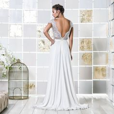 Gio Rodrigues Moreie Wedding Dress extraordinary beautiful wedding dress chantilly satin  crystal embroidered lace marrocan heart-shaped engaged inspiration unique gorgeous elegant bride