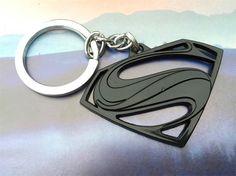 Metal-KeyChain-Pendant-DC-Comic-Movie-Superman-Keychain-for-Keys-cooper-Palted-Stainless-Steel-Key-Ring.jpg (750×562)