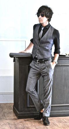 #decollo #mens #ladys #fashion #shirts #business #travel #pilot #italy #suits #narrowtie #style #white #monochrome #black #decollo #model #tokyo #shop #success #pinterest #decollouomo #cruise #mens #fashion #shirts #pilot #style #travel #modern #businessman #coordinate #styling #mensfashion #stylish