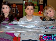 Miranda, Nathan and Jennette Icarly Cast, Icarly And Victorious, Nathan Kress, Nickelodeon Shows, Casting Pics, Miranda Cosgrove, Jennette Mccurdy, Cameron Boyce, Old Shows