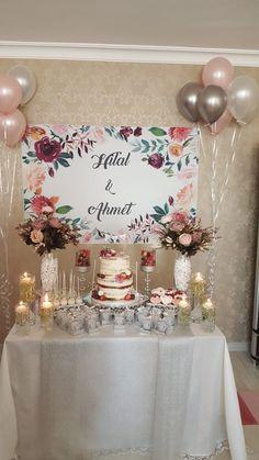 Bridal Shower Desserts, Bridal Shower Decorations, Diy Wedding Decorations, Bridal Shower Games Prizes, Bridal Shower Favors, Disney Bridal Showers, Gold Bridal Showers, Unique Bridal Shower, Post Wedding