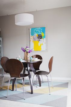 Modern and eclectic home interior design via @dreamgreendiy