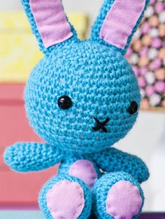 a bunny for Novita Crochet Bunny, Knit Crochet, Crochet Hats, Amigurumi Patterns, Crochet Patterns, Crochet Ideas, Cute Diys, Have Some Fun, Knitting Yarn