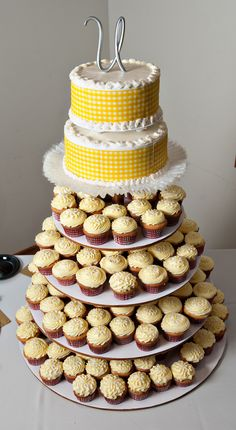 Wedding Cake Idea for our bbq when we are home! prob just one tier on top tho and of course diff colors