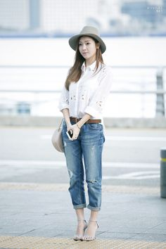 Jessica Jung Airport Fashion 150423 2015
