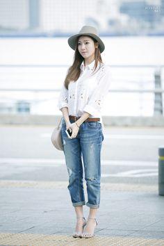 Jessica Jung Airport Fashion 150423 2015