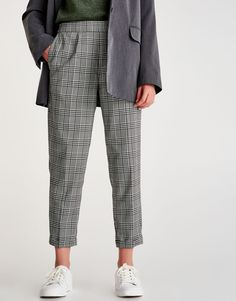 Checked jogging trousers - New - Woman - PULL&BEAR Panama