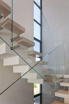 P | Glass Stair Railing Detail