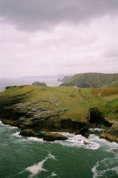 Tintagel, Cornwall, England, UK - by Andreas Wermelt--looks straight out of Poldark! Oh The Places You'll Go, Places To Visit, Tintagel Cornwall, England Ireland, Cornwall England, English Countryside, British Isles, Adventure Is Out There, Great Britain